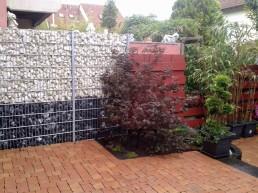 Steinzaun zur Gartenabgrenzung