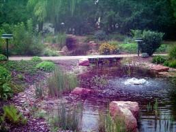 Großer Teich mit Quelle