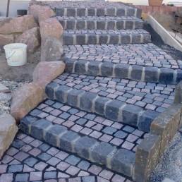 Treppe aus Pflasterstein